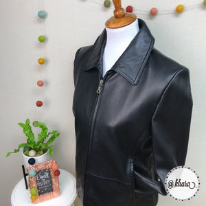 NWT Black Leather Short Fitted Jacket